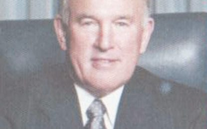 Two vie for county seat: Robert Warner