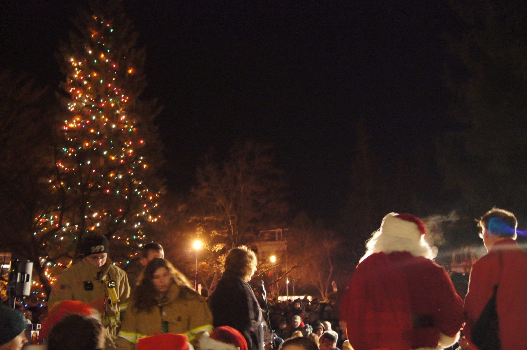 VIDEO: 35th Annual Cazenovia Christmas Walk and Tree Lighting a success
