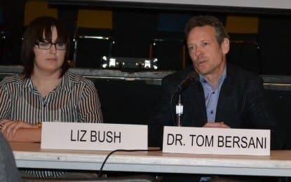 Speakers discuss peace through public service