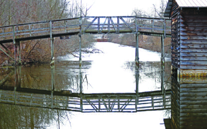 Enjoy Snippets and Tales along the Erie Canal