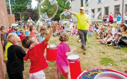 From the Liverpool Public Library: Build a better bubble with the Bubble Man