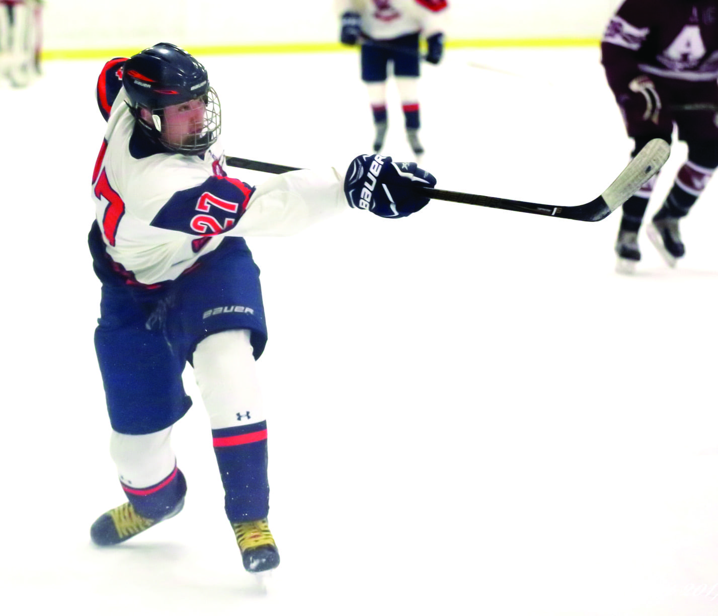 C-NS hockey starts 1-0-1; Liverpool splits pair of games