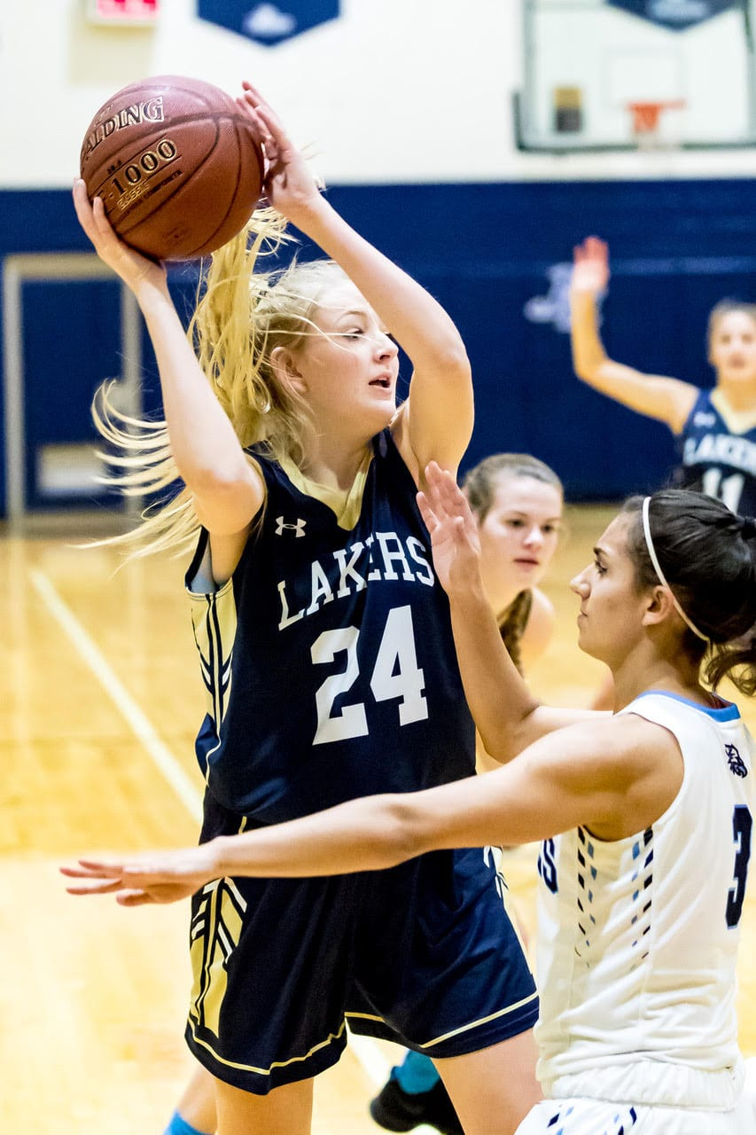 Skaneateles girls hoops routs J-E, goes to 3-0