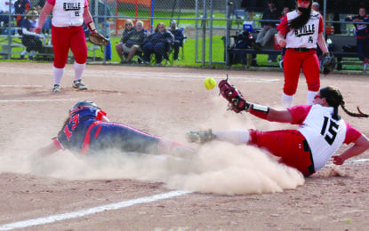 Softball Northstars, Warriors battle with league foes