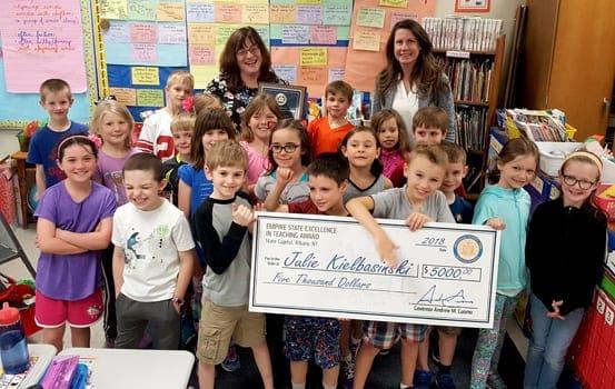 Burton Street elementary teacher Julie Kielbasinski receives Empire State Excellence in Teaching Award