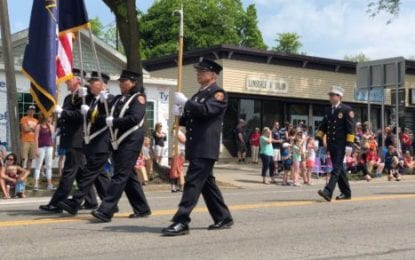 Village of Manlius draws big crowd with Memorial Day parade