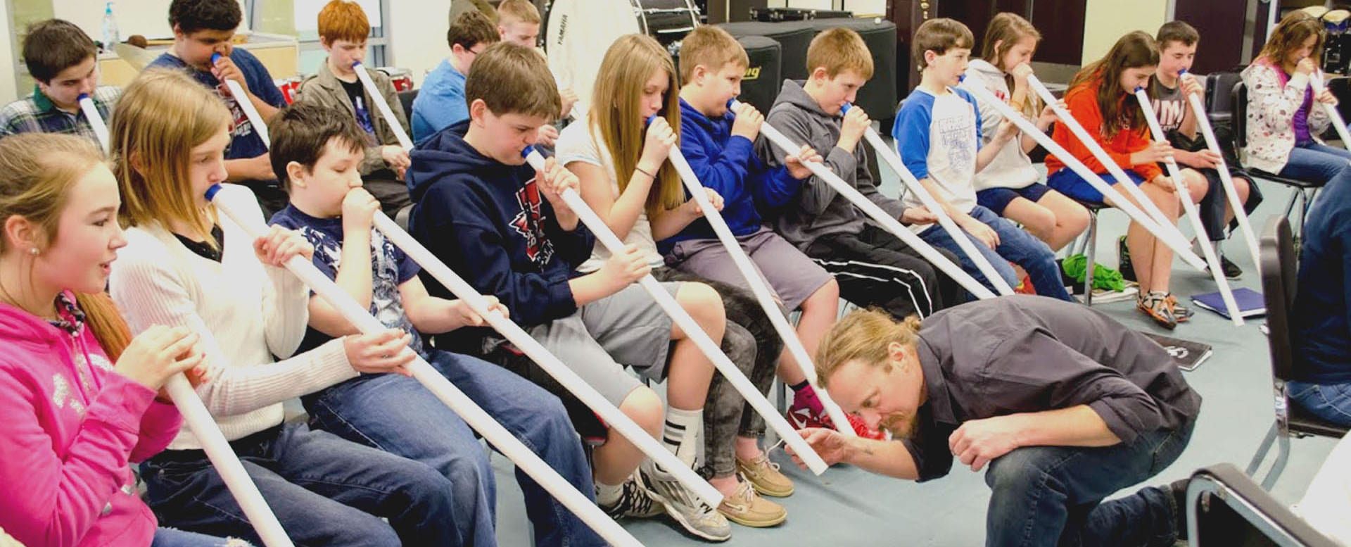 From the Liverpool Public Library: Didgeridoo Down Under brings puppetry, storytelling to LPL