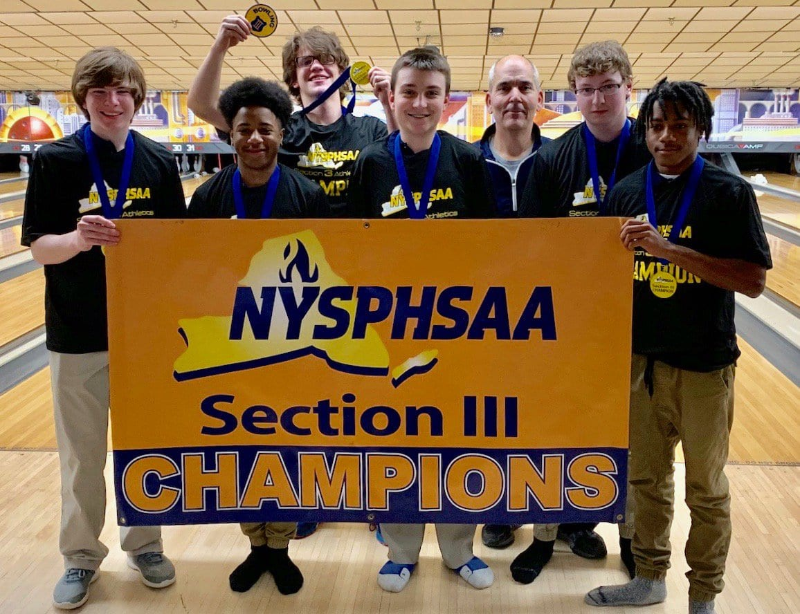 Liverpool earns boys bowling sectional team title