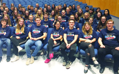 JE students bring 'On the Town' to the stage